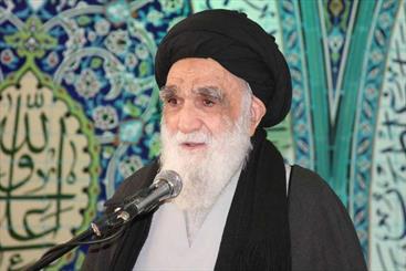 حضور در راهپیمایی ۲۲ بهمن یک تکلیف است