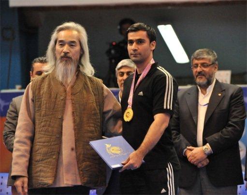 قهرمانی شهرداری ورامین در لیگ برتر تکواندو/ جام در ورامین ماند