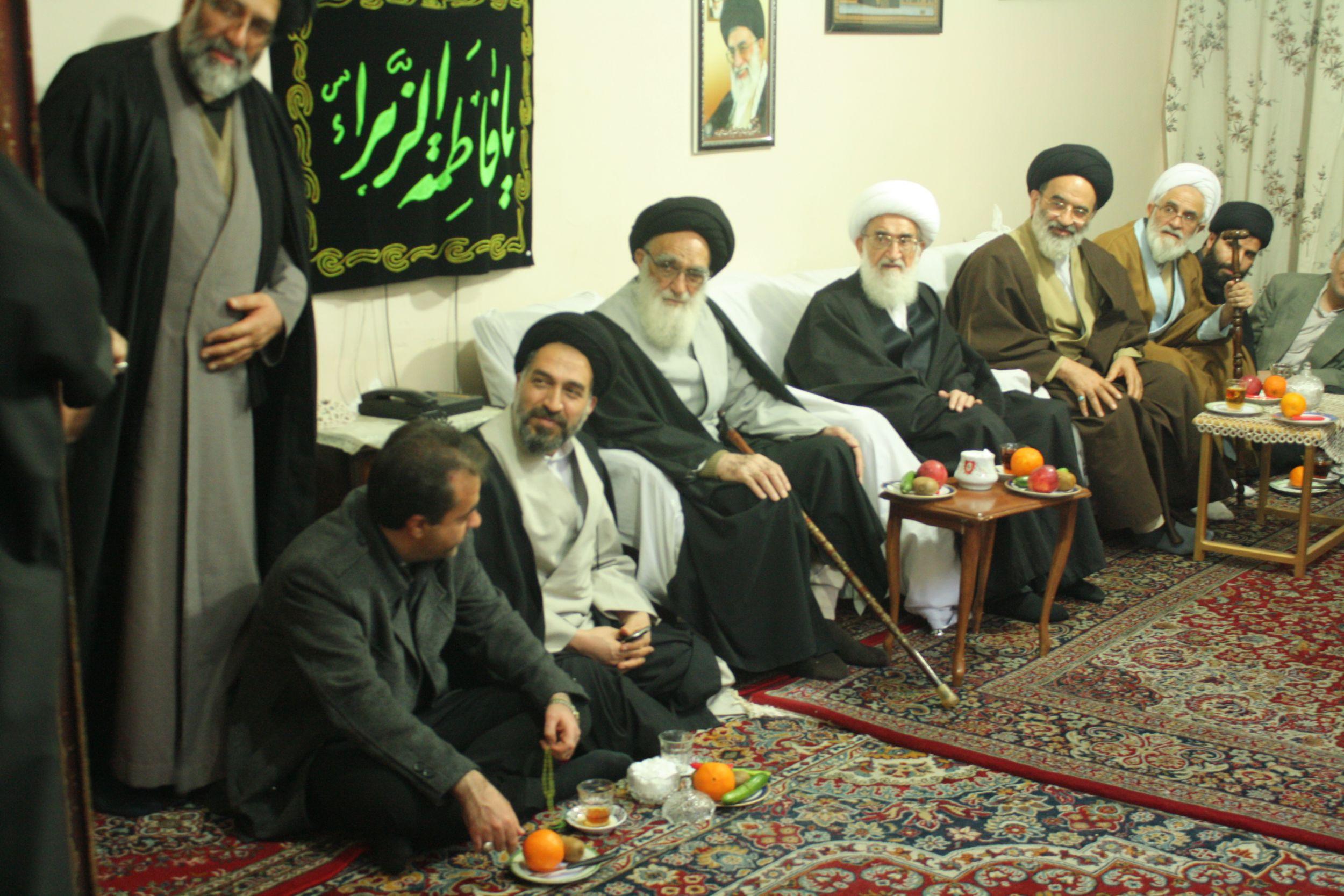 استقبال از آیت الله نوری همدانی توسط شهردار و اعضای شورای اسلامی شهر ورامین