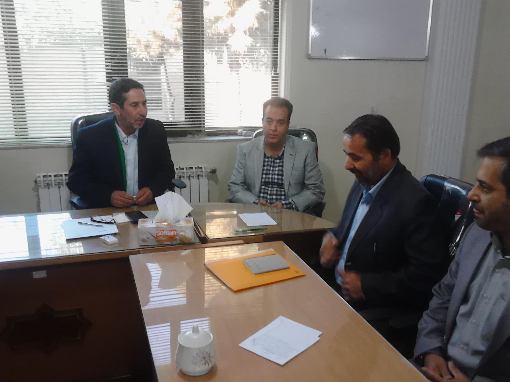 رییس جدید بنیاد شهید شهرستان در شورای اسلامی شهر ورامین حضور یافت