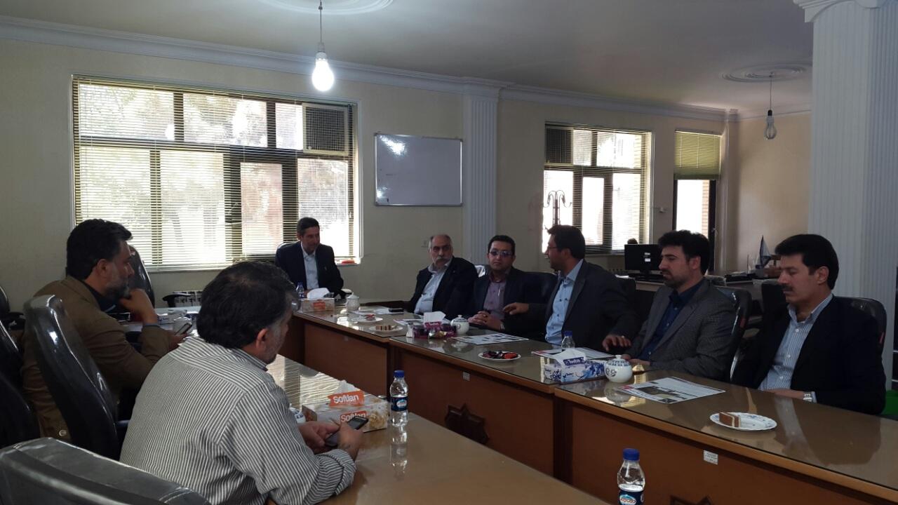 دیدار نوروزی رؤسای ادارات شهرستان با رییس و اعضای شورای اسلامی شهر ورامین
