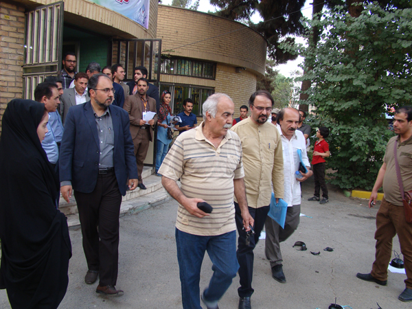برنامه سومین روز نمایش های صحنه ای و خیابانی یادواره ملی «طلوع خرداد»