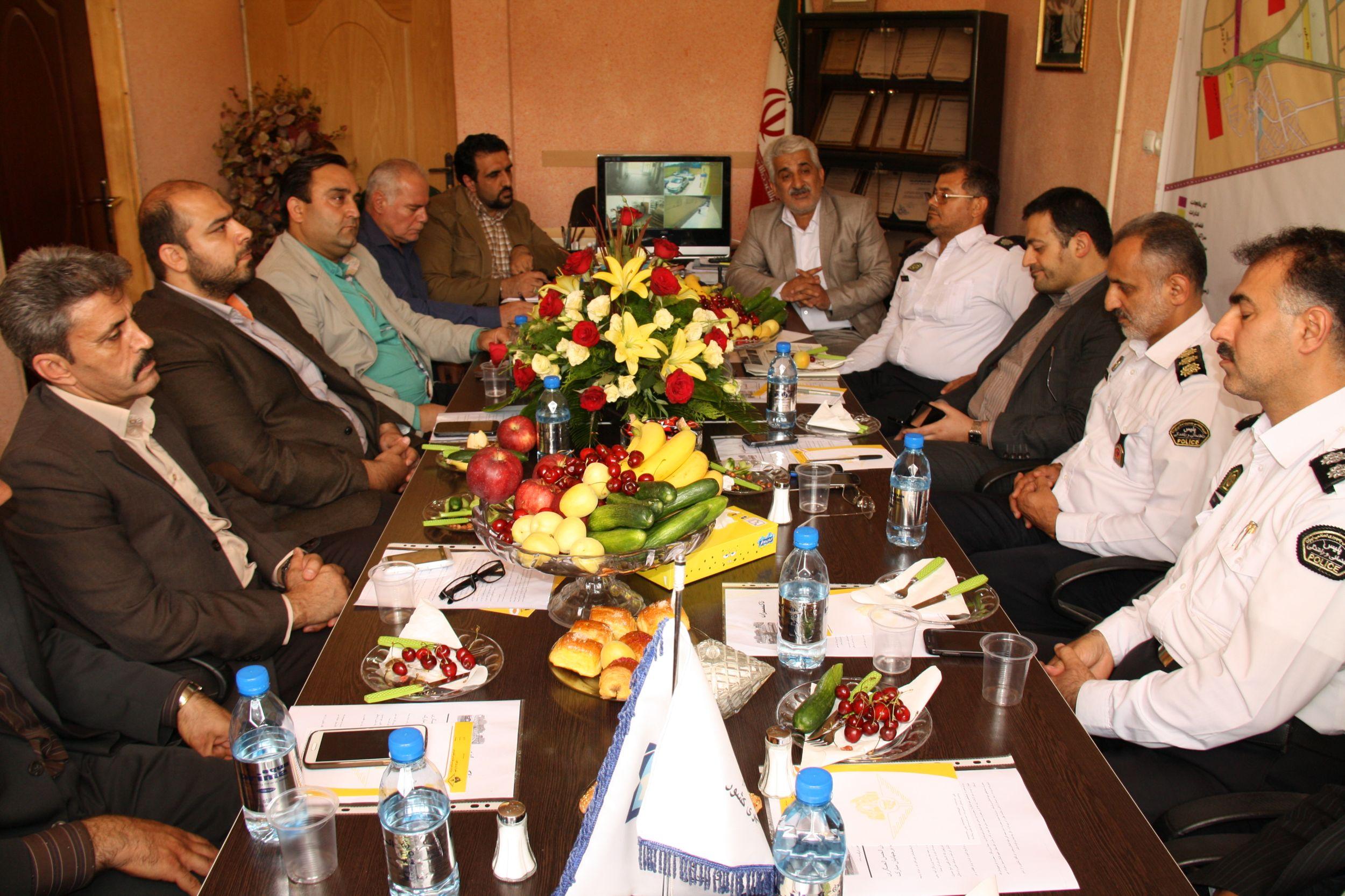 مدیران شهرداری منطقه ۲۰ با مدیران شهرداری ورامین دیدار کردند