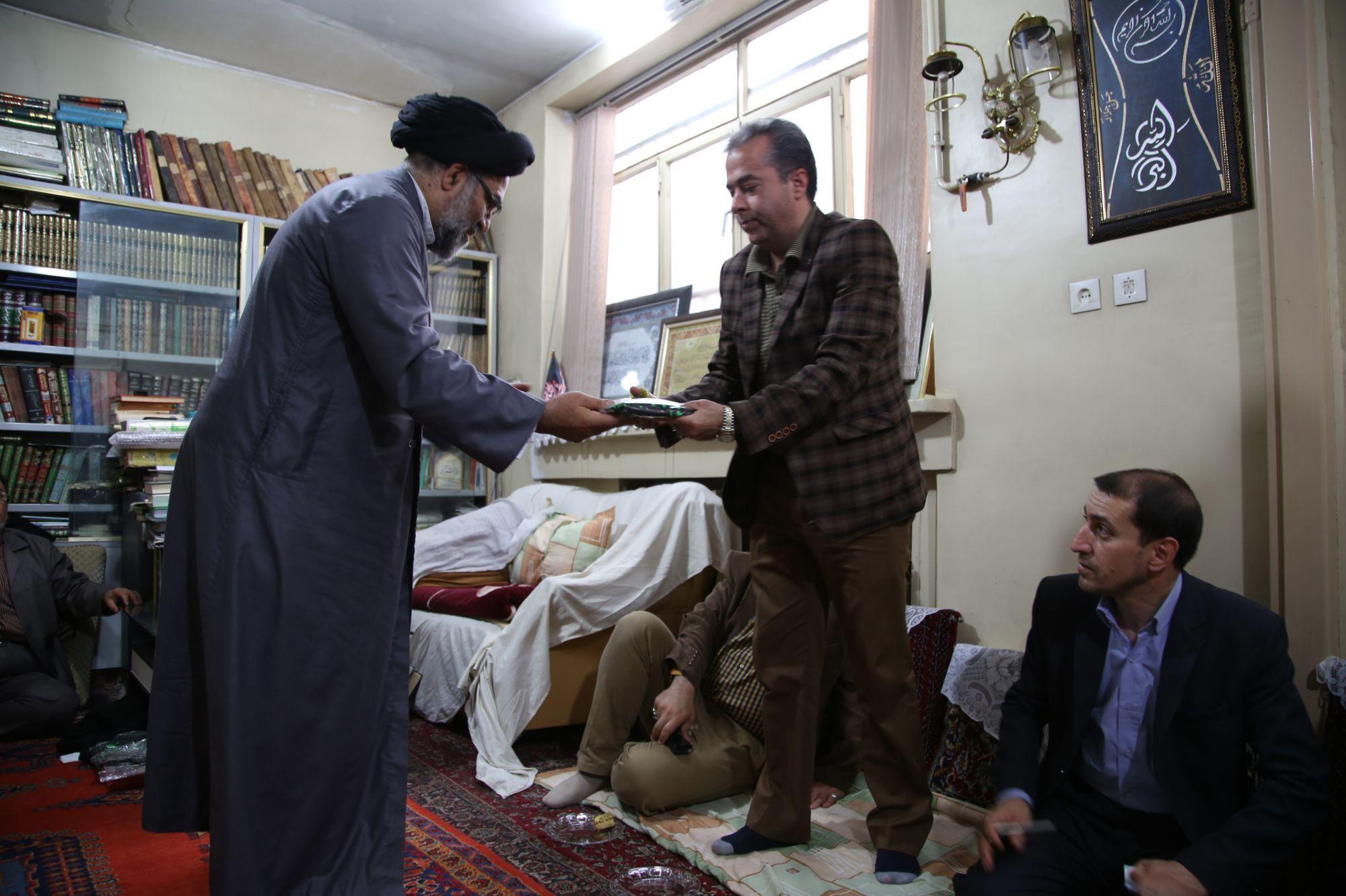 دیدار شهردار و معاونین شهرداری ورامین با امام جمعه شهرستان