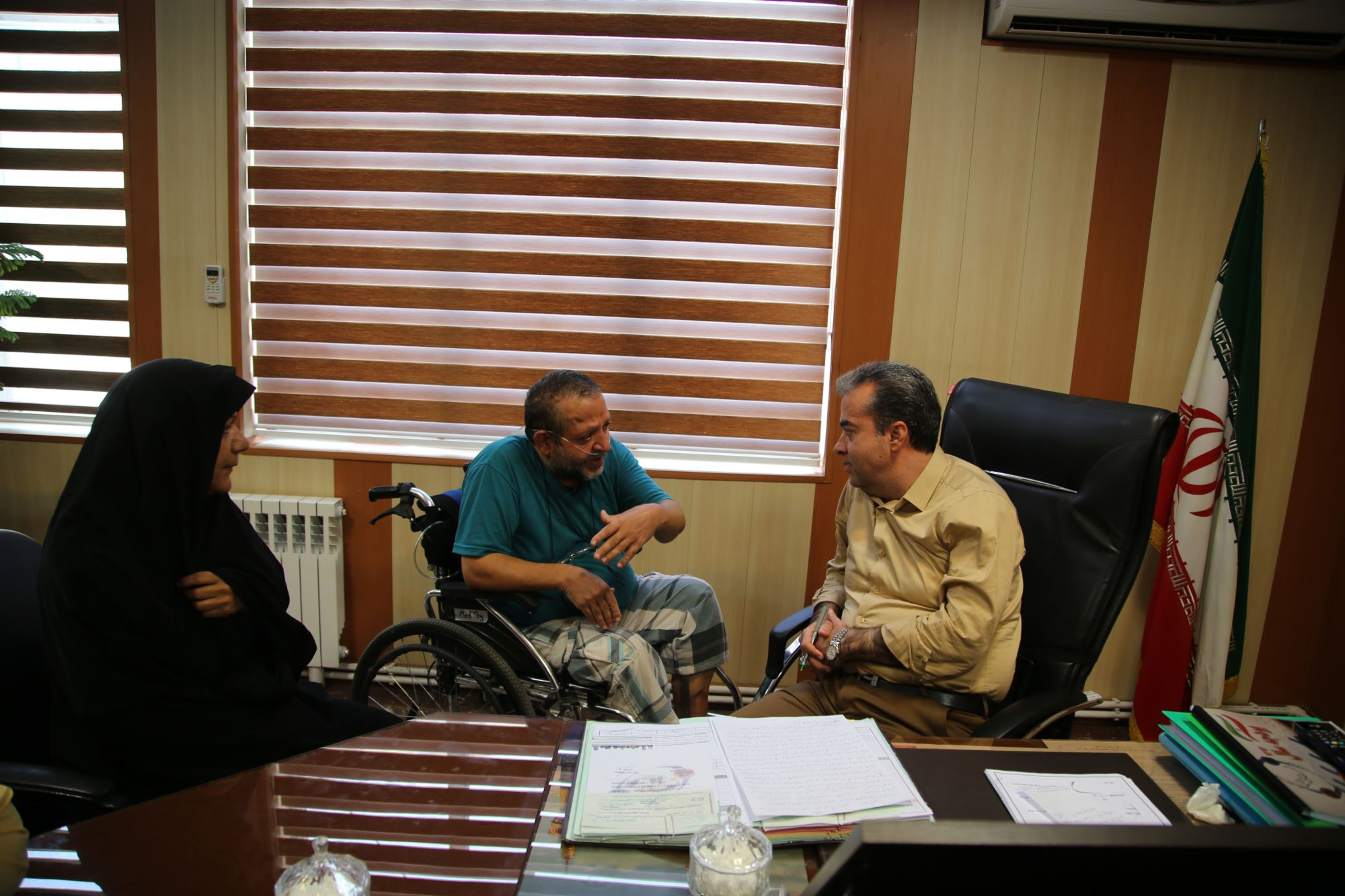 دیدار جانباز شیمیایی ۵۰درصدی دفاع مقدس با شهردار ورامین