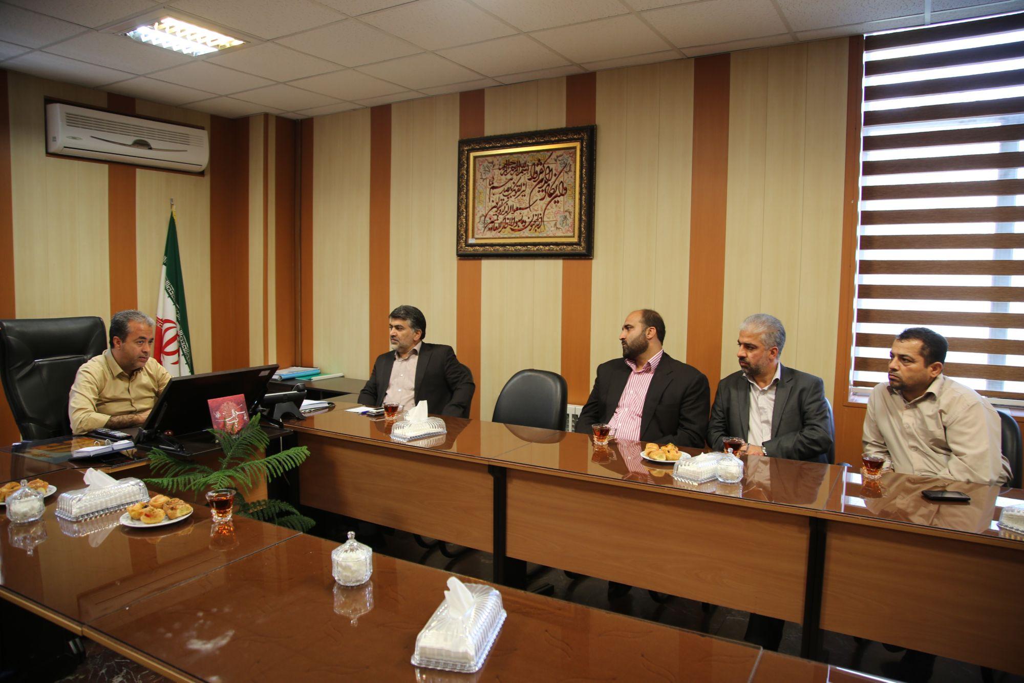 دیدار رییس کمیته امداد امام ره با شهردار و رییس و اعضای شورای اسلامی شهر ورامین