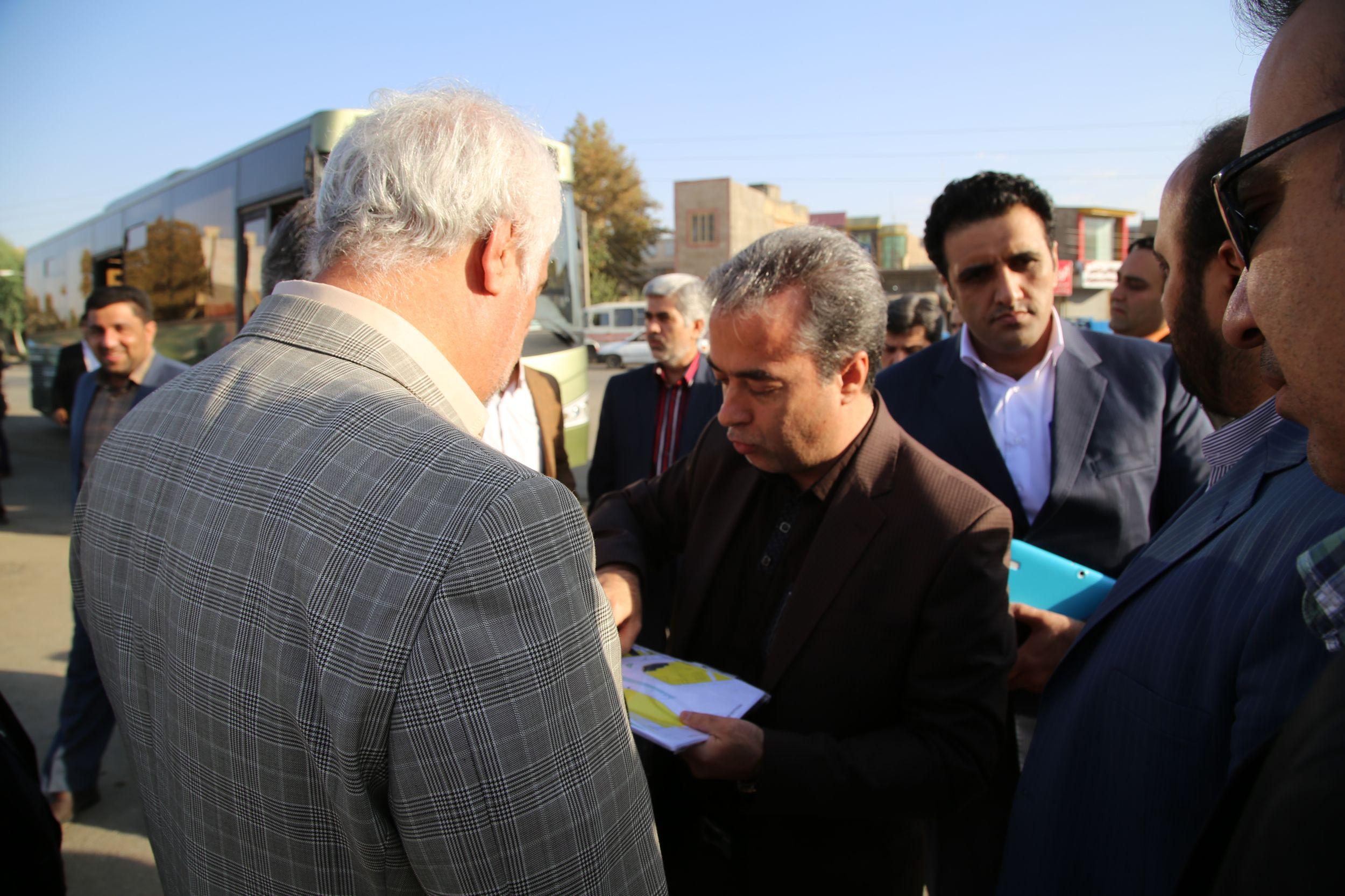 شهردار ورامین خبر داد:۴۰۰ میلیارد بابت پروژه های عمرانی شهر ورامین هزینه شده است/سال ۹۴ سالی سراسر کار و تلاش مضاعف در شهرداری ورامین