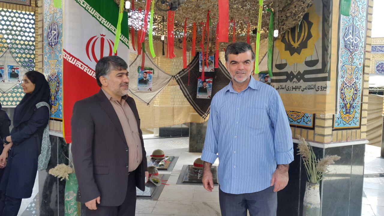 بازدید رئیس و عضو شورای اسلامی شهر ورامین از نمایشگاه نیروی انتظامی