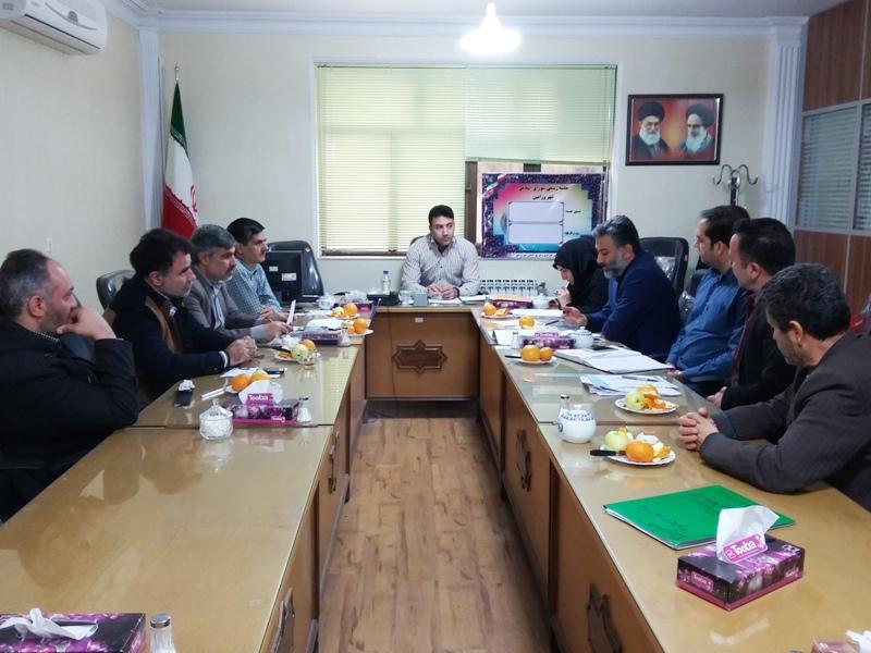 جلسه کمیسیون حقوقی ، برنامه و بودجه شورای اسلامی شهر ورامین برگزار شد .