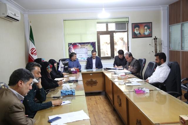 جلسه رسمی شورای اسلامی شهر ورامین با حضور نماینده مردم شهرستان در مجلس برگزار شد .