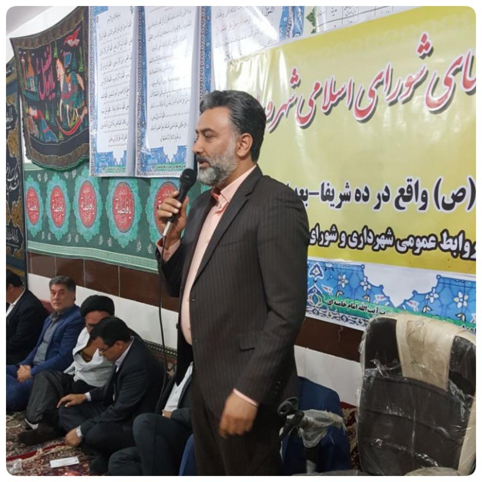 عمده مشکل مردم محله ده شریفای ورامین کانال فاضلاب است