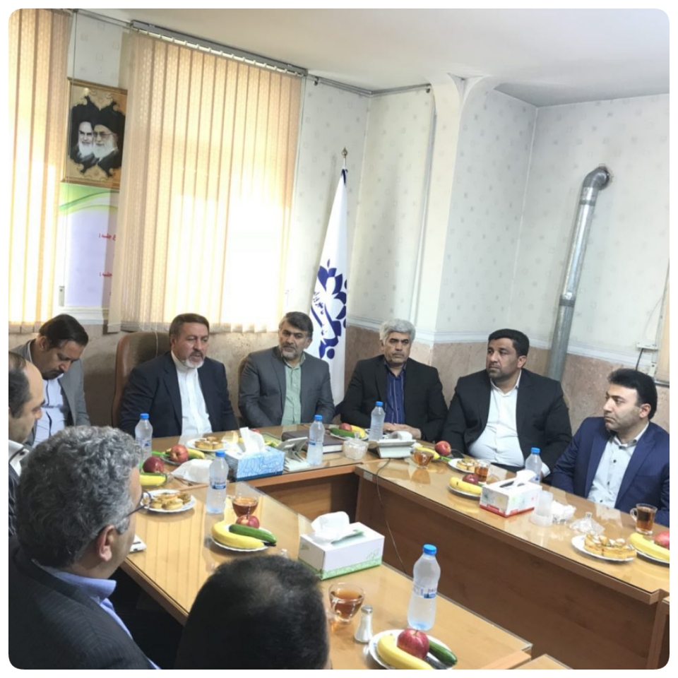 دیدارفرماندار،معاونین با اعضای شورای شهر،بخش وروستاها ی ورامین به مناسبت روز شوراها