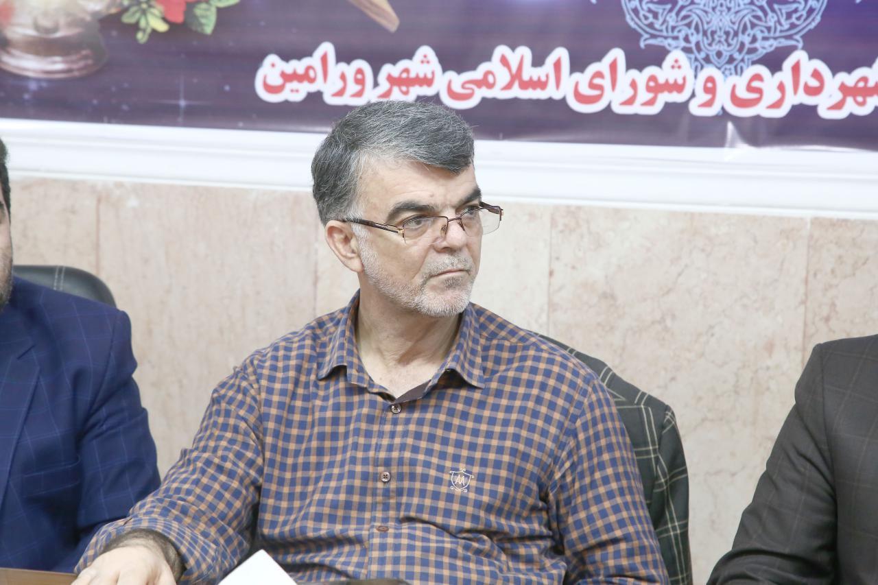 محمد حسن فرجی : حذف سرعت گیر ها می تواند باعث کاهش مشکلات شهروندان در عبور و مرور شود