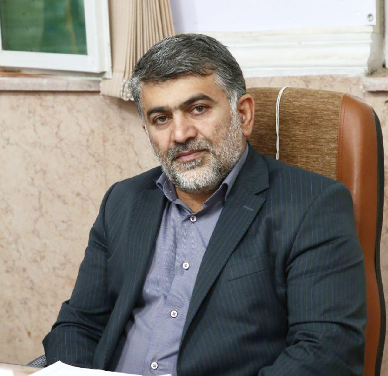 سید رضا احمدی ریئس شورای اسلامی شهر ورامین طی پیامی روز خبرنگار را تبریک گفت