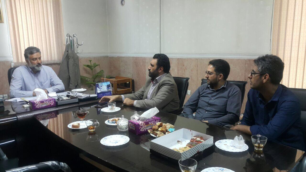 مدیر عامل سازمان اتوبوسرانی شهرداری با رییس شورای اسلامی شهر ورامین دیدار کرد.